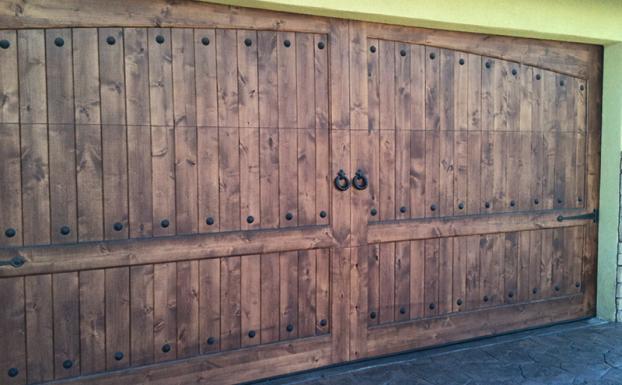 rustic garage doorsrustic garage door  all county garage doors