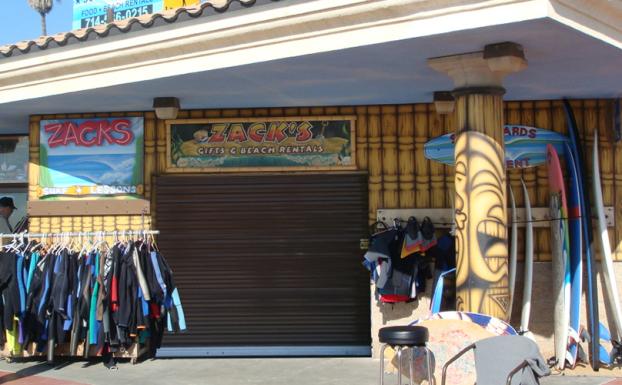 all county doors zack's beach rentals